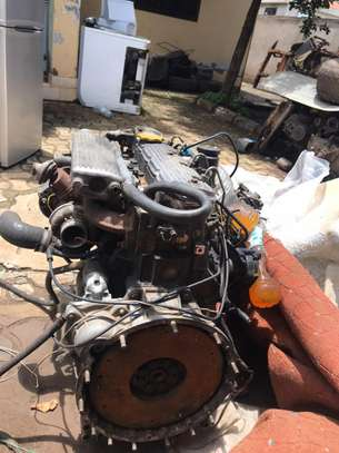USED LAND ROVER  ENGINE 300 SERIES image 1