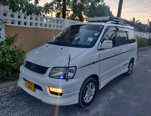 2001 Toyota Noah Road Tour