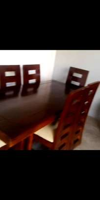 Dinning table  585,000/= image 3
