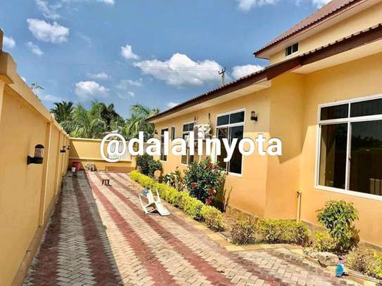 4 BDRM HOUSE AT MBEZI BEACH AFRIKANA MBEZI YA CHINI image 5
