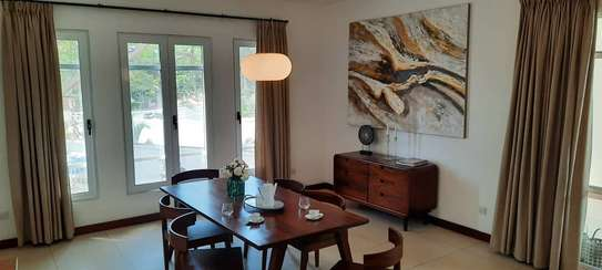 4 Bdrm Diplomati House at Oysterbay image 4