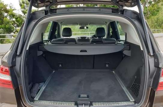 2014 Mercedes-Benz ML400 4MATIC USD 22,000/= UP TO DAR PORT TSHS 88.9MILLION ON THE ROAD image 10