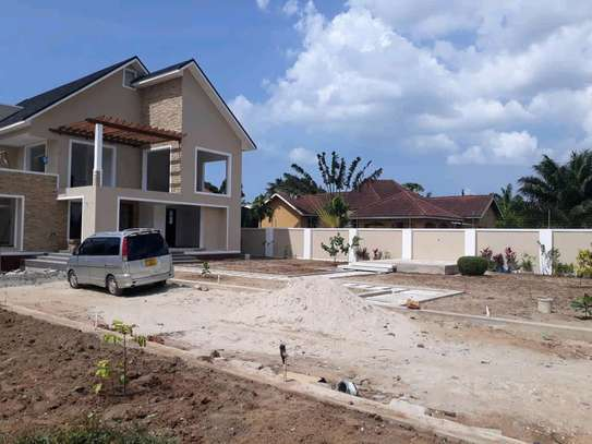 4BEDROOMS HOUSE 4SALE AT BAHARI BEACH image 13