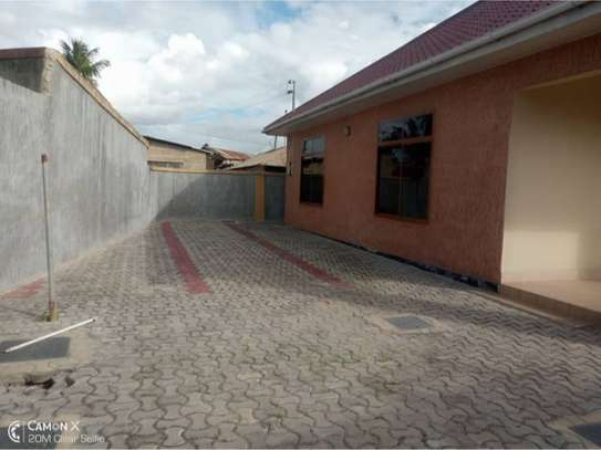 3bed house at mikocheni 1000000 image 10