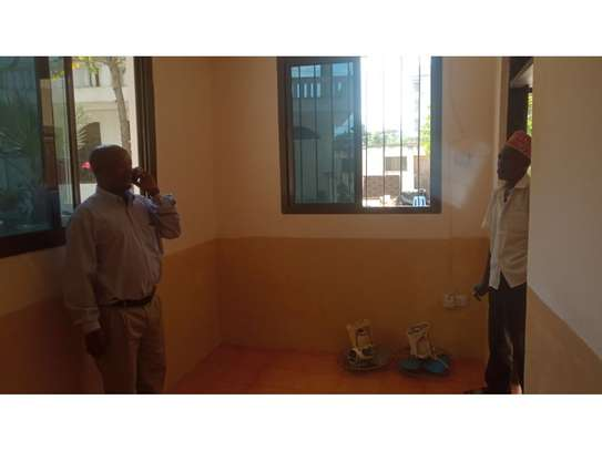 1 bed room house for rent at msasani image 6