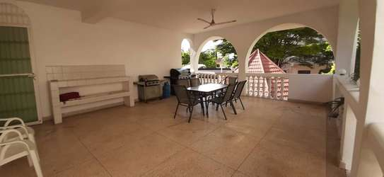 5 Bedrooms Home For Rent In Masaki image 3