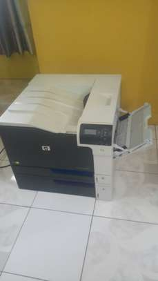 HP Color Laserjet CP5525 Printer image 1