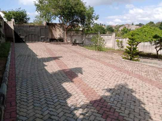 5 Bdrm House for sale in mbezi. image 4