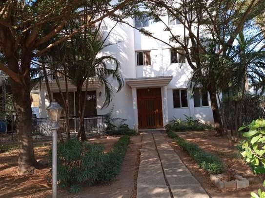 2bed furnished at mikocheni $500pm image 1