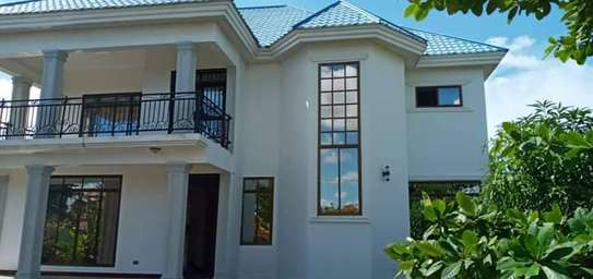 5 bed room house for sale at kigamboni image 3