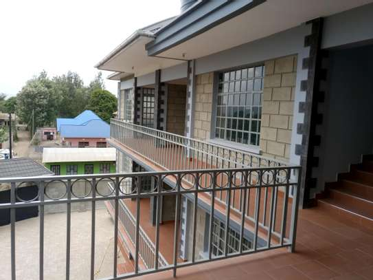 BRAND NEW 2BEDROOMS APPARTMENTS AT NGARAMTONI/BY PASS image 3