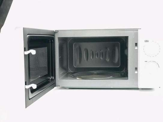 MICROWAVE OVEN 22L image 3