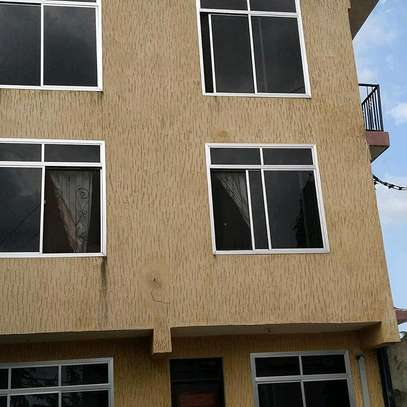 1 BEDROOM self contained ( kawe near main road)