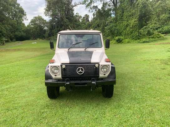 1994 Mercedes-Benz 290GD 4WD PICK UP USD 20,000/= UP TO DAR PORT TSHS 87MILLION ON THE ROAD image 6