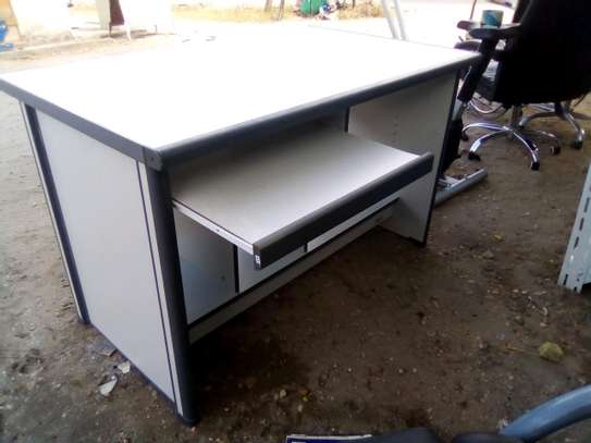 Office computer desk..280,000/= image 1