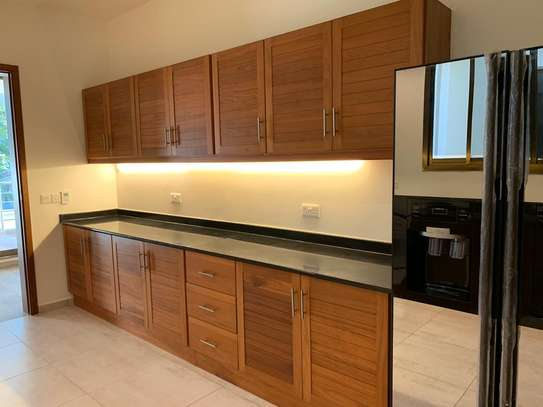 3 Bedroom New Apartments For Rent In Masaki image 7