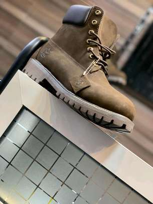 Timberland leather boot shoes. image 6