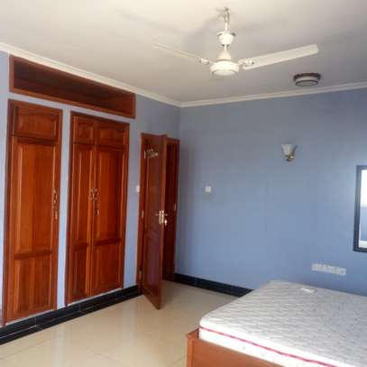 1 Bedroom Fully Furnished Apartments image 11