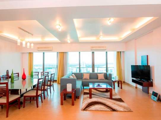 5 Bedrooms Penthouse in Upanga City Center