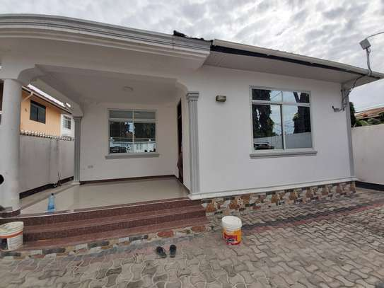 3BEDROOMS HOUSE STAND ALONE FOR RENT
