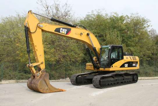 2008 Caterpillar 325D EXCAVATOR USD 60,000/=  CNF DAR PORT TSHS 170MILLION ON THE ROAD image 2