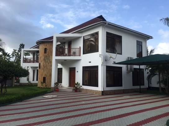 2 & 3  Bedrooms Homes for Lease  in Jangwani Beach