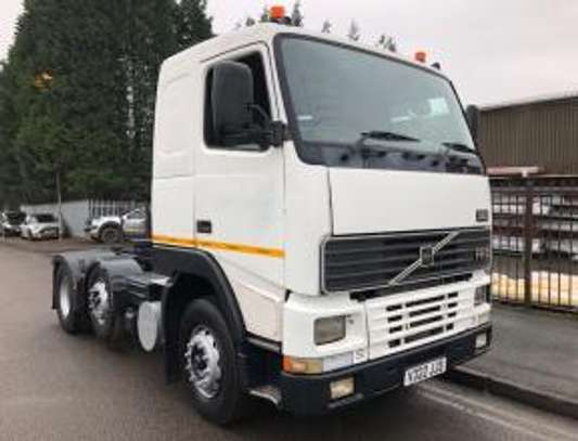 2000 Volvo F12 380 6X2 TRACTOR 58MILLION ON THE ROAD image 7