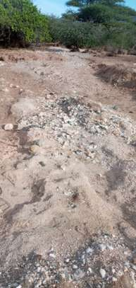 gymsum mine for sale at dodoma mpwapwa  area with 300 acre image 3