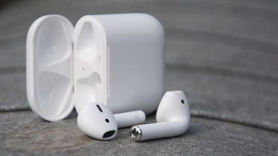 Bluetooth Earphone image 2