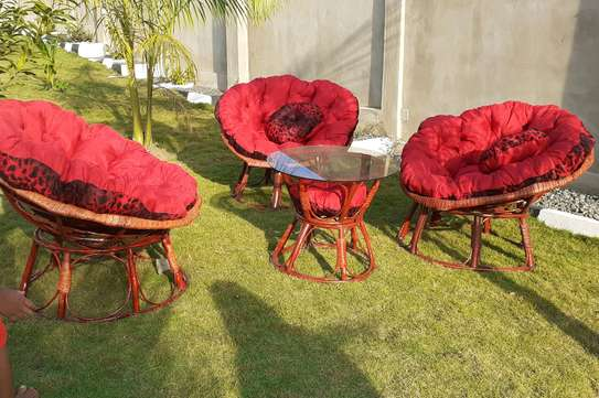 Satelite chairs