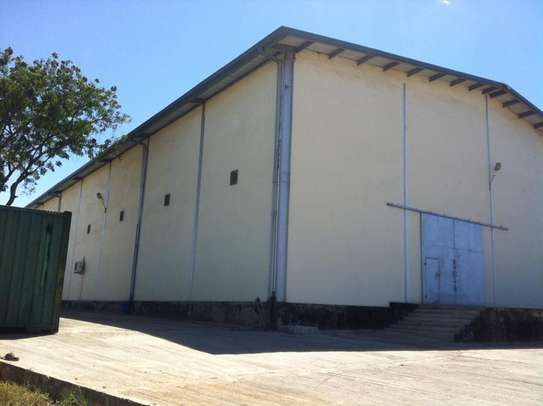 1500 Square meter warehouse for rent at Mbagala image 2