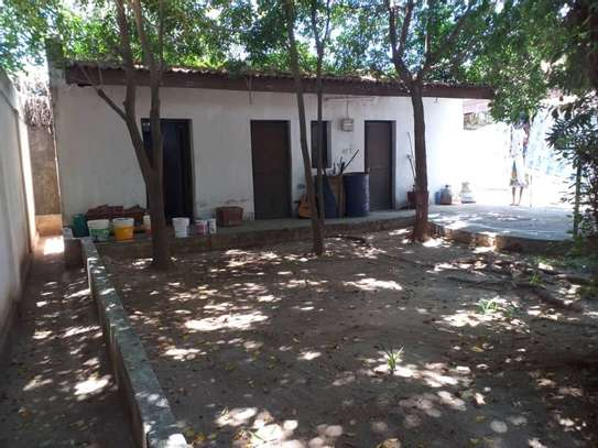 4bed house at mikocheni $1500pm image 10