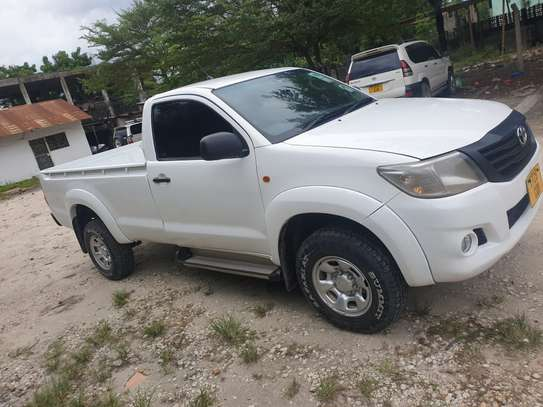 2013 Toyota Hilux Single Cabin image 1