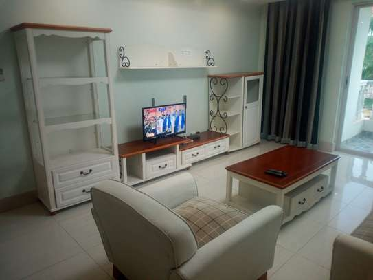 Fully furnished & serviced 2 bedroom apartment in Oysterbay