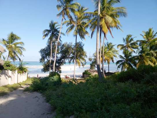 SMALL BEACHFRONT LAND FOR SALE IN ZANZIBAR