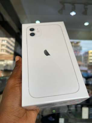 iPhone 11 64GB white brand new for sale image 1