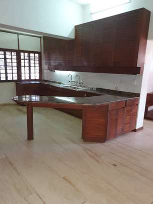 4 Bed Emabassy  House at Masaki $10000pm image 13