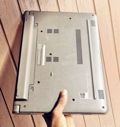 Dell latitude 3340 touch screen 14inches image 3