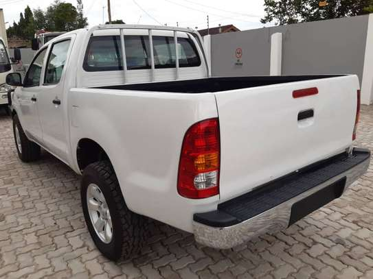 2007 Toyota Hilux image 7