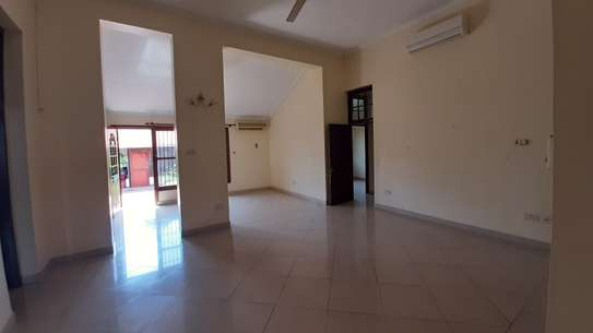 3 Bedrooms  House For Rent in Oysterbay image 10