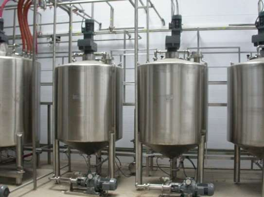 Stainless steel mixing tanks image 2