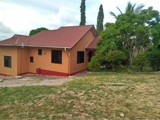 2bed house in the compound  at kimara mwisho tsh 360,000