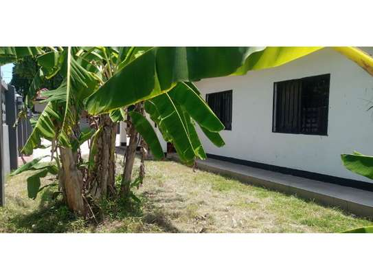 3bed house for sale 800sqm at mbezi beach africana tsh 350m image 11