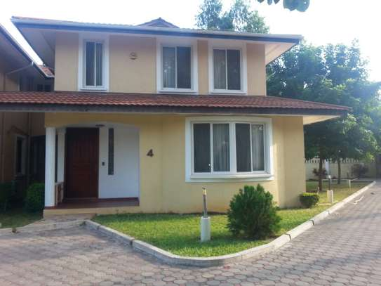 3 Bedrooms (Plus Office) House For Rrent In Oysterbay image 1