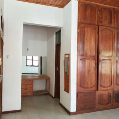 4 Bedrooms Perfect Move-in ready home in Bahari Beach image 2