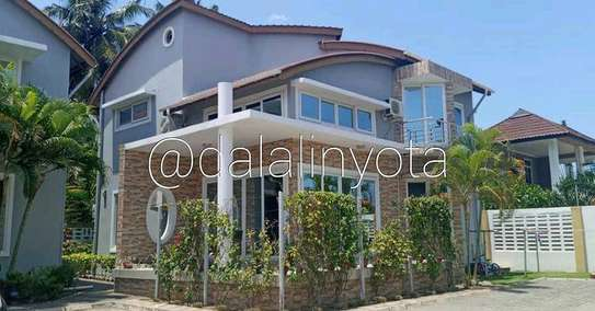 3 BDRM VILLA AT MBEZI BEACH image 2