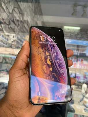 iPhone XS Max 64GB Gold for sale image 3