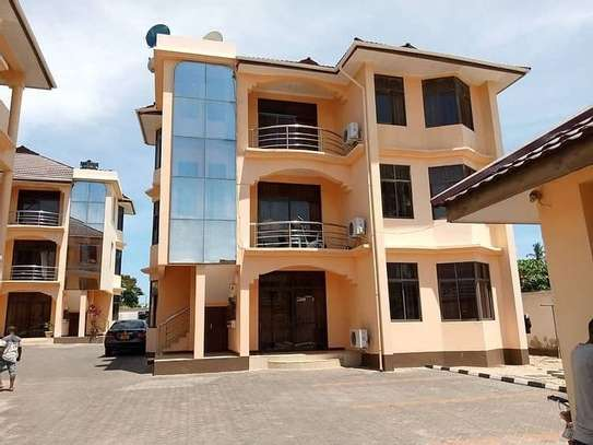 Two bedrooms apartment for rent image 1