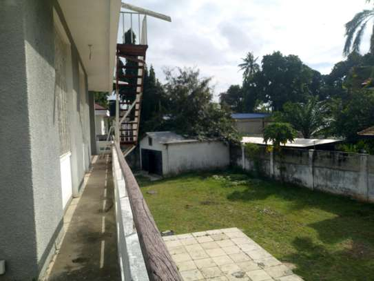 4bedroom house in Ada estate to let. image 6