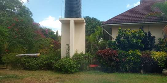 3bed house standaalone at oyster bay  near food lover image 11